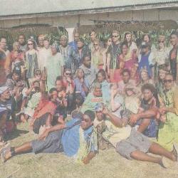 Des étudiants belges découvrent Lifou
